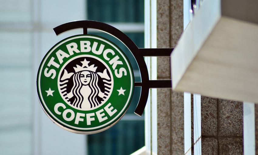 Các thương hiệu lớn đều có cùng một công thức thành công với xu hướng mua hàng trực tuyến