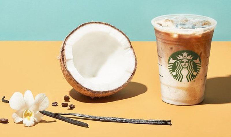 Các ưu đãi từ chương trình khách hàng thân thiết của Starbucks khuyến khích người dùng tái mua hàng