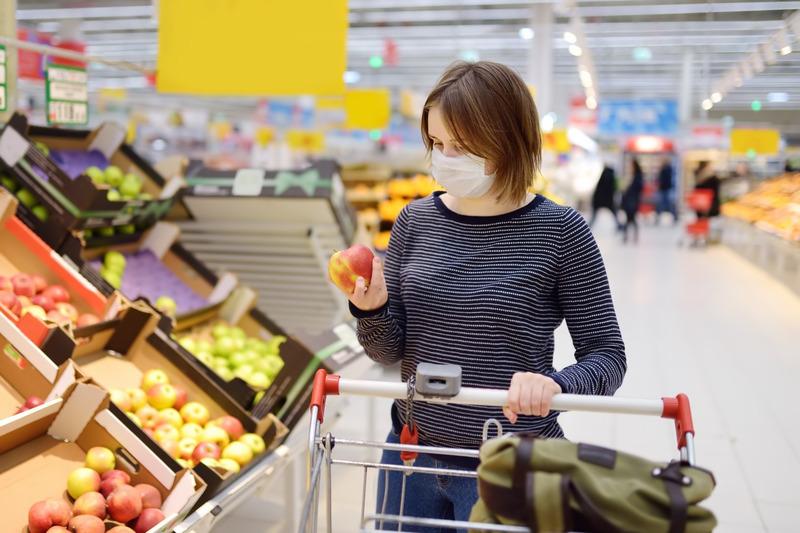 """Các mô hình kinh doanh sản phẩm khẩu trang """"ăn nên làm ra"""" trong giai đoạn dịch bệnh"""