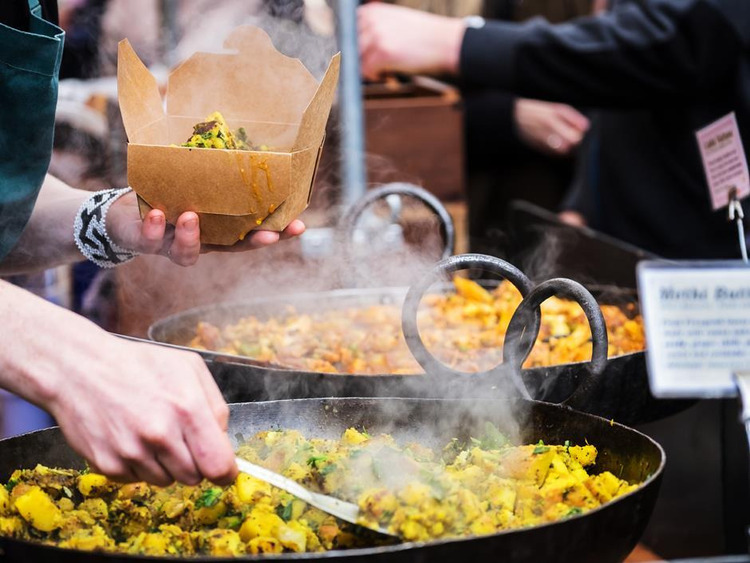 Hậu Covid-19, ẩm thực đường phố ngày càng quan trọng hóa tiêu chí an toàn vệ sinh thực phẩm hơn