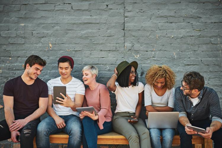 Thế hệ trẻ hiện đại là thế hệ thích ứng và thay đổi rất nhanh trong nhiều hoàn cảnh