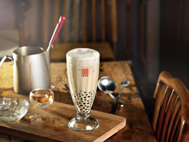 Trà sữa rất được ưa thích bởi phù hợp với thị hiếu của giới trẻ