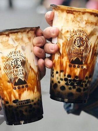 Trà sữa trân châu đường đen gây sốt thị trường đồ uống Việt từ năm 2019